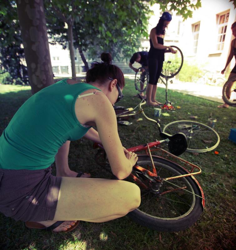 BITI_exchange_bicycle_workshop_007.JPG