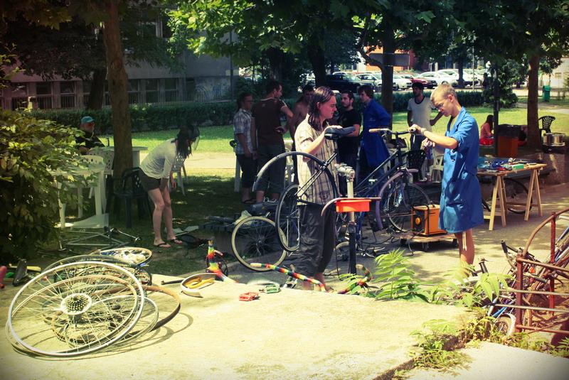 BITI_exchange_bicycle_workshop_011.jpg